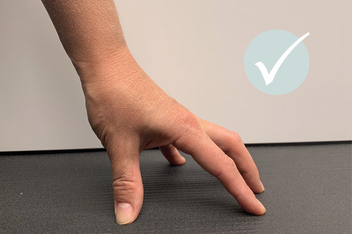 Schmerzen Handgelenk Yoga